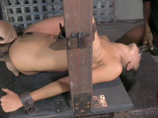 Bendy slut bound and assfucked