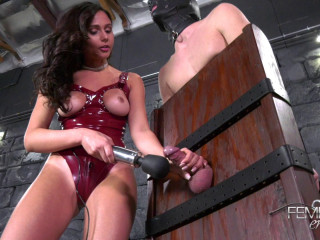 Ariana Marie - Edging Vibrations