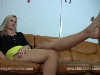 Classy Female dominance Sandal Munching