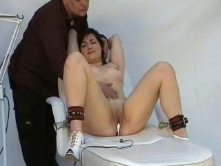 Fetish Slavegirl Dolly At The Kinky Doctor