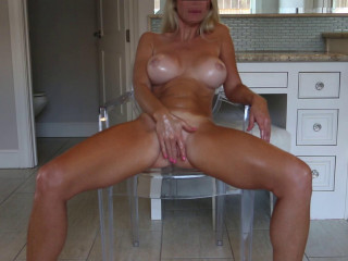 Chair Ride2 All Oiled Up - Alexa Pearl - Full HD 1080p