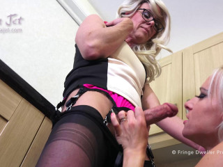She-male meets Woman - part 6 - Housewives