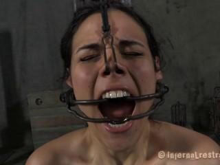 Infernalrestraints - Mar 30, 2012 - Sob Out - Zayda J