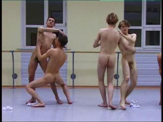 Man's Finest - Die Ballett Schule (the Ballet School)