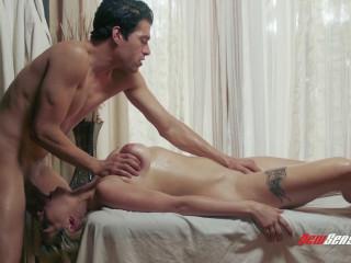 Giselle Palmer, Xander Corvus - Giselle Gets A Perfect Deep Massage 1080p