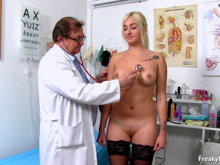 20 years women gynecology examination