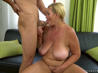 Pam Pink