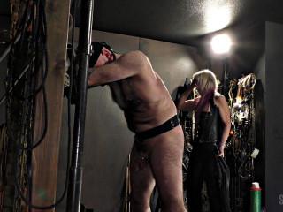 Flogging slave Larry - Larry