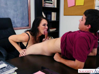 Reagan Foxx Is First Sex Teacher