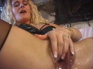 Peehole Group sex