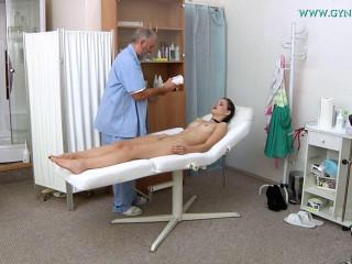 Annie Darling (18 years female gynecology exam)