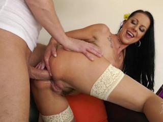 Penetrated Hausfrauen - Porn HD