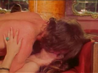 Resurrection of Eve (1973) - Marilyn Chambers, Mimi Morgan