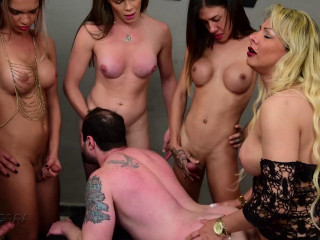 Many TS Cocks In Deep Gangbang