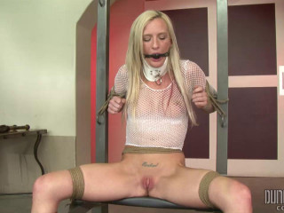 Skylar Green - Bondage Newbie