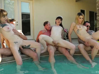 Gangbang Party With Sexy Shemales
