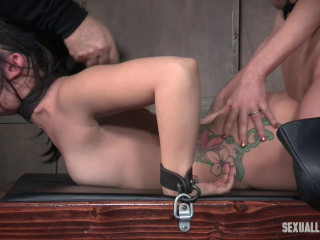 Mandy Muse and her extraordinaire arse gets manhandled with cock, labia and caboose smothering!