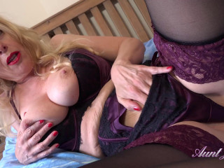Big tit auntine seducing herself in the bedroom