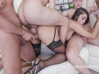 Super-hot Middle East Latoya Devi GIO213
