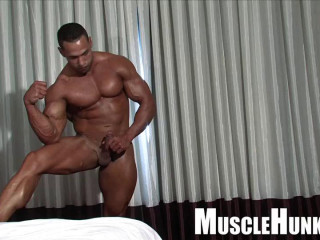 MuscleHunks - Still Waters Run Molten