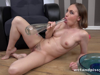 Lexy Star - Paddling in Pee (2018)