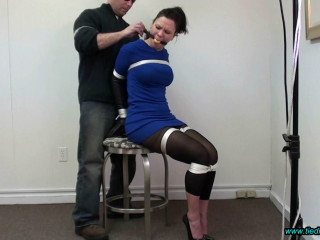 Jeanine Roped up in Superrach High Heels!