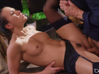 Paige Owens - Office Domination FullHD 1080p