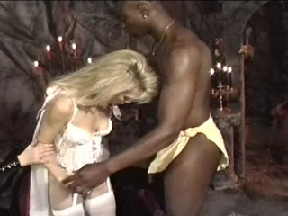 Black dude can take two pussies