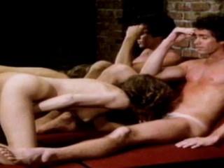 Centerspread Girls (1982) - Lisa De Leeuw, Tara Aire, Desiree Cousteau