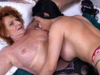 Granny Katalina gets finger-banged and more by steamy youthful lesbian Nelly Kent