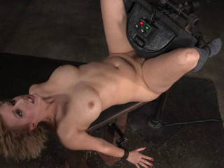 Banging Light-haired Virgin Sybian saddle Blasted