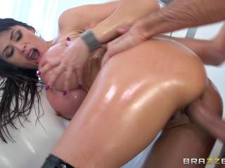 Eva Karera - Double Penetrating Belgian Booty