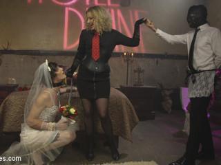 Honeymoon Hotwife At Motel Divine