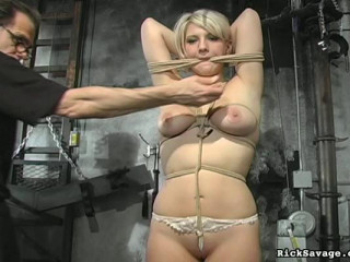 Obedient Blond Kimberly