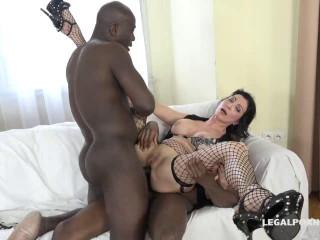 Italian Milf has black feeling and tests two black bulls