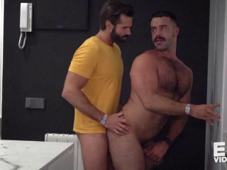 Dani offer 2 loads to Teddy