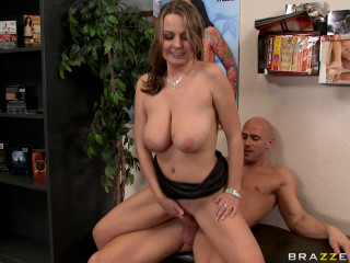 Uber-sexy Woman Finds A Boy In Flick Shop For Adults