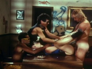 New Wave Hookers (1985) - Ginger Lynn, Kimberly Carson, Desiree Lane