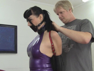 Nyxon Busty Dark haired Assistant Taught In Latex And Leather (2015)