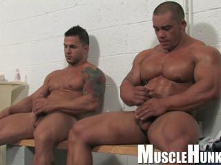 MuscleHunks - Bill Baker & Diago Elpotro - Wrestling Bodybuilders