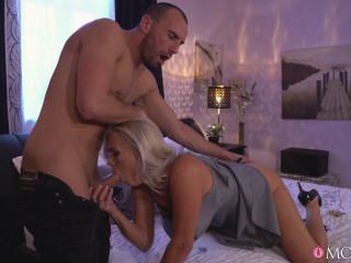 Kathy Anderson - Amazing natural MILF gets creampie FullHD 1080p