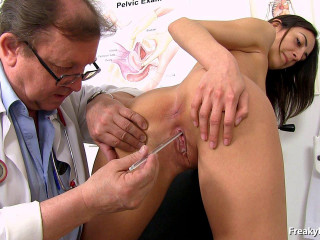 Miky Love (21 years girls gyno exam)