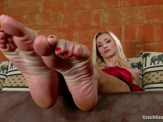 Feet by Dominika