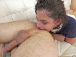 Cute Brunette Arielle Faye Gets Nailed by a Tattooed Stud and Squirts