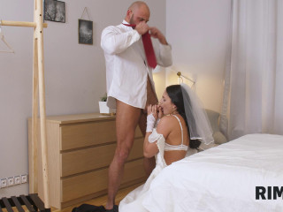 Leanne Lace - Sexual Surprise On His Wedding Day!