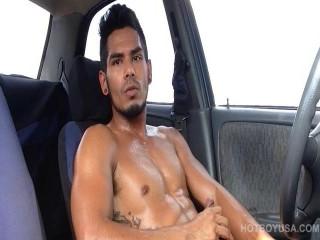 Damian Cruz Solo sc 3