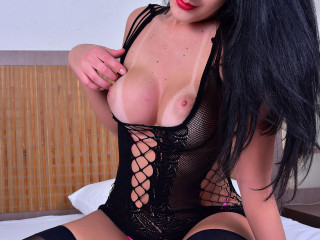 Transsexual Mariana Lins