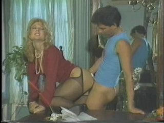 Porn Star Legends:Nina Hartley
