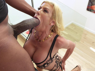 Alexis Fawx Busty Milf In Need Of Dredd's Big Black Cock FullHD 1080p