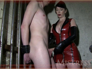MistressT - sofa Brittany (part 913) - Supremacy HD